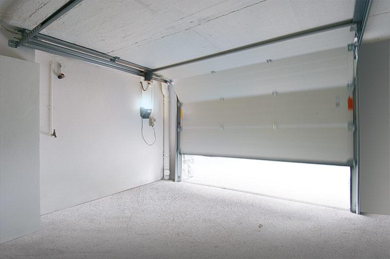 garagentor modernisierung renovierung novoferm. Black Bedroom Furniture Sets. Home Design Ideas